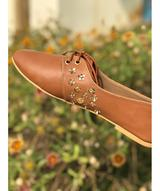 Gege Embroidered Shoes
