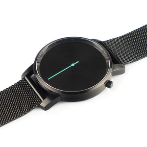 Tyrfing Black Out & Classic Black Strap
