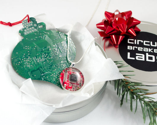 circuit board ornament and necklace gift set