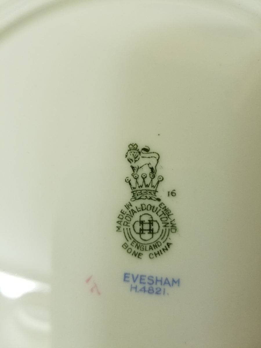 Royal doulton, evesham tea set