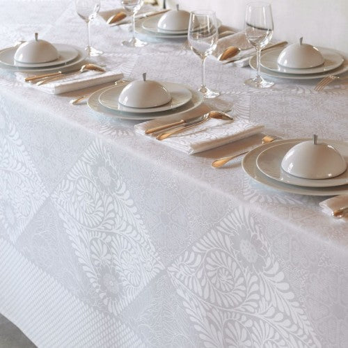 Bosphore Blanc Table Cloths