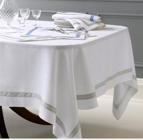 Lowell Tablecloth