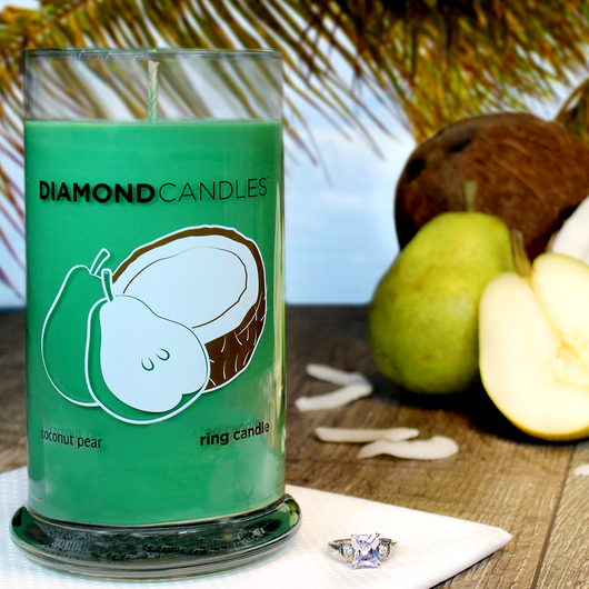 Coconut Pear Ring Candle