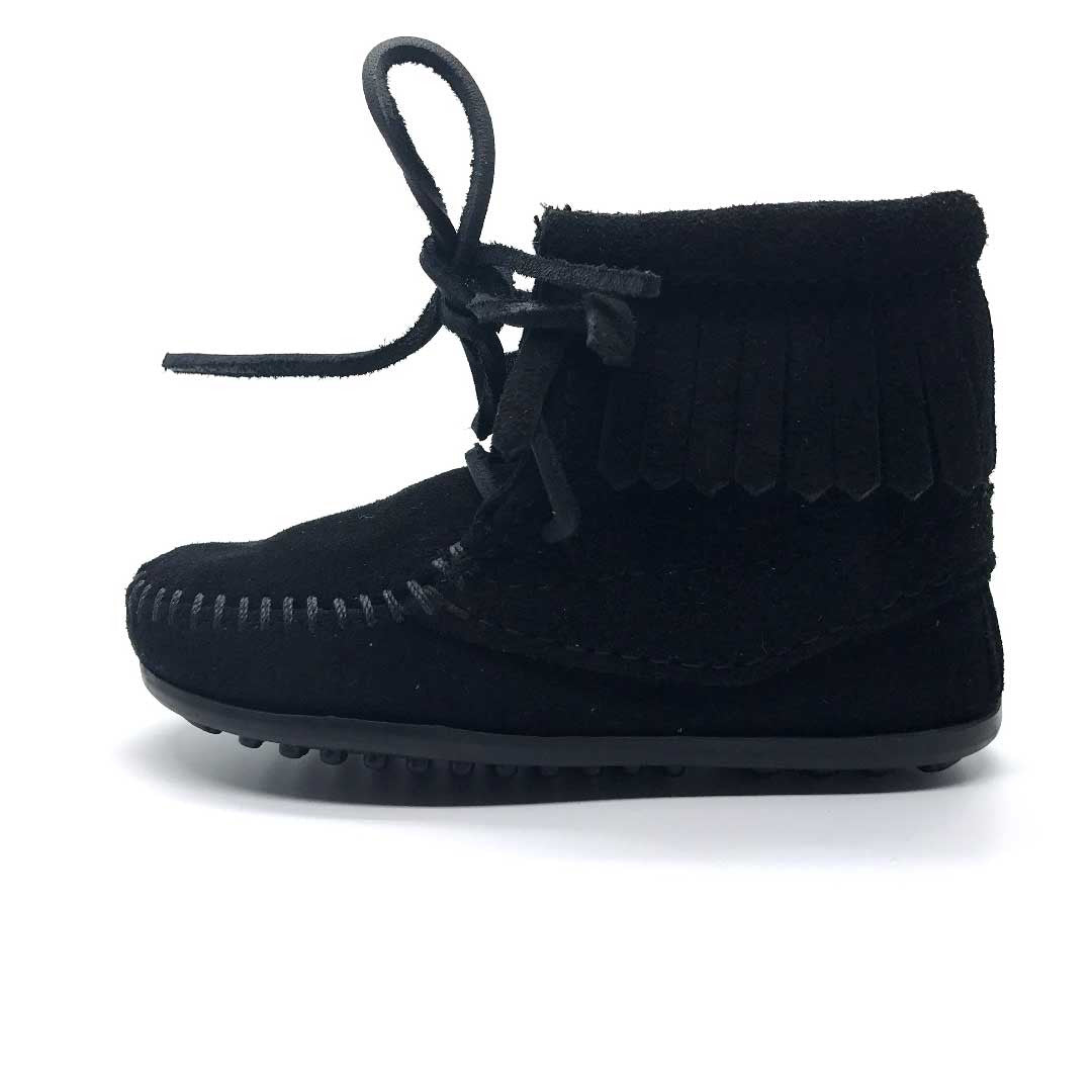Minnetonka Tramper Boot Black
