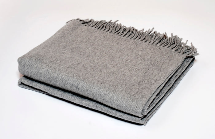 Cashmere Collection Throw in Dove Grey