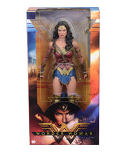 Wonder Woman 1/4 Scale Action Figure - NECA
