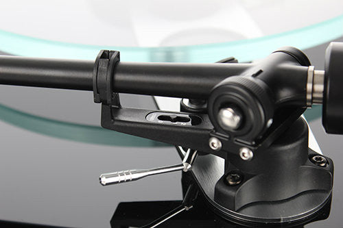Rega Turntable Planar 3 With Elys2 Cartridge