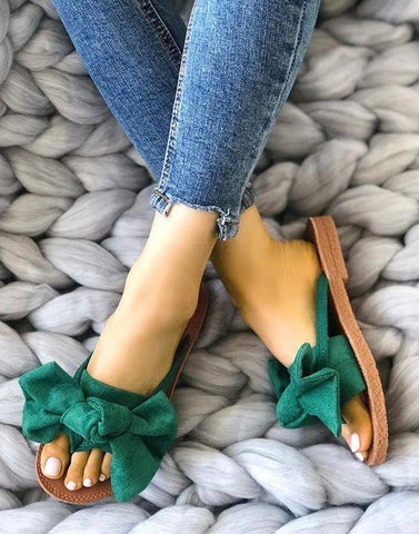 Bow Bottle Green Flats