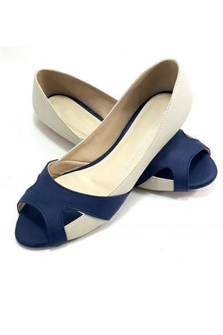 Eye Catching Suede Flats