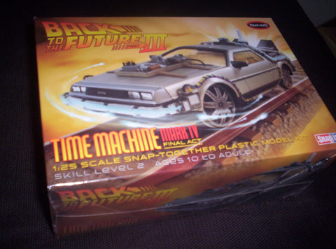 Back To The Future - Model Kit - Snap - Time Machine - 1:25 Scale