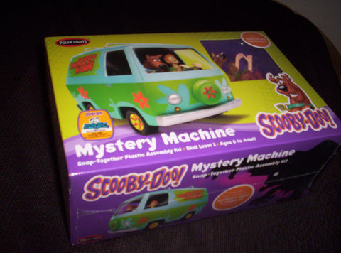 Scooby Doo - Model Kit - With Shaggy & Scooby Figures - Mystery Machine