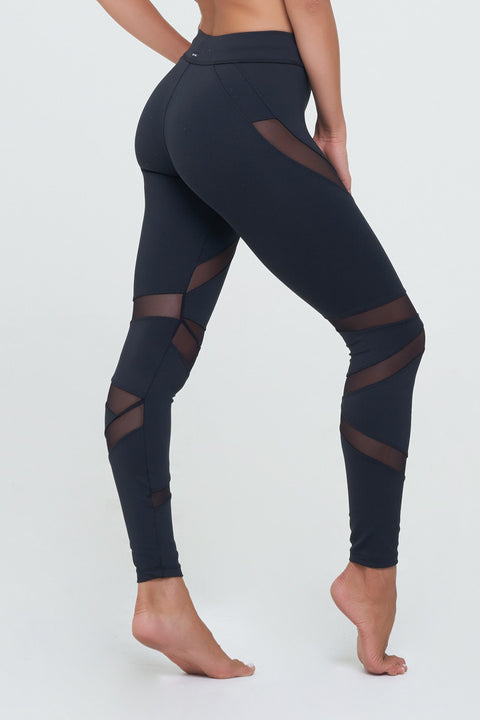 Jennifer Legging with mesh details in Black Supplex