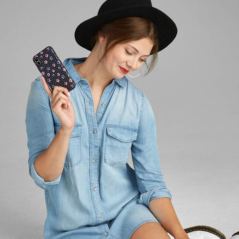 trendy stylish case fro iPhone Xs & iPhone X. Show feminim in you with this casemate case