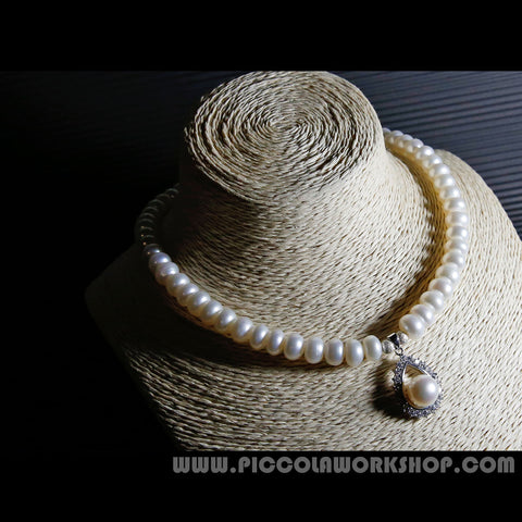 "Handmade Natural Freshwater Pearl Beads Necklace With : * Fresh Waster Pearl Beads, 9mm * Sterling Silver Clasps/Beads * Rhinestone  Length:15.5""  Weight:1.77oz  This necklace will be shipped in a very nice box  Also and more at: * www.piccolaworkshop.com"