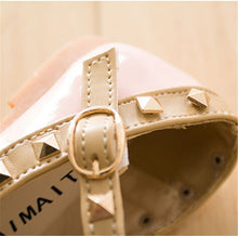 Bordered Rivets Shoes