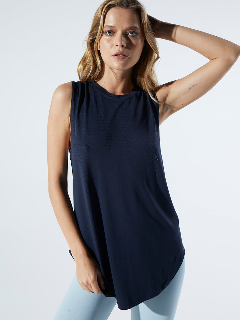 Inner Glow Tank in Midnight