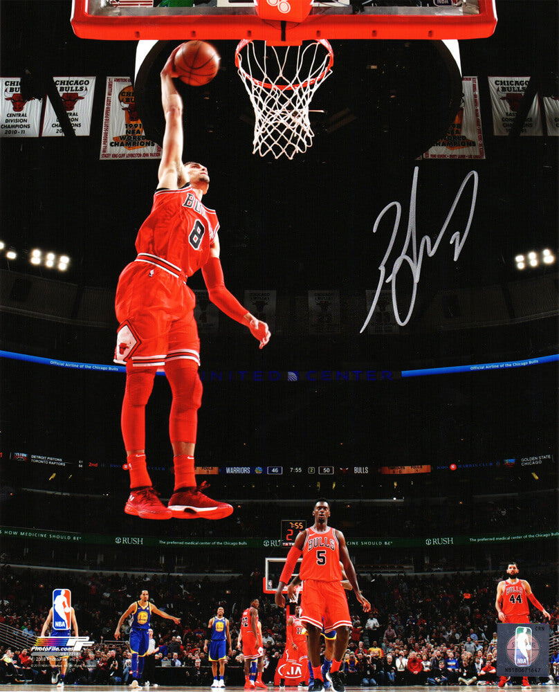 Zach LaVine Signed Chicago Bulls One Hand Dunk Action 8x10 Photo PSM-Powers Sports Memorabilia