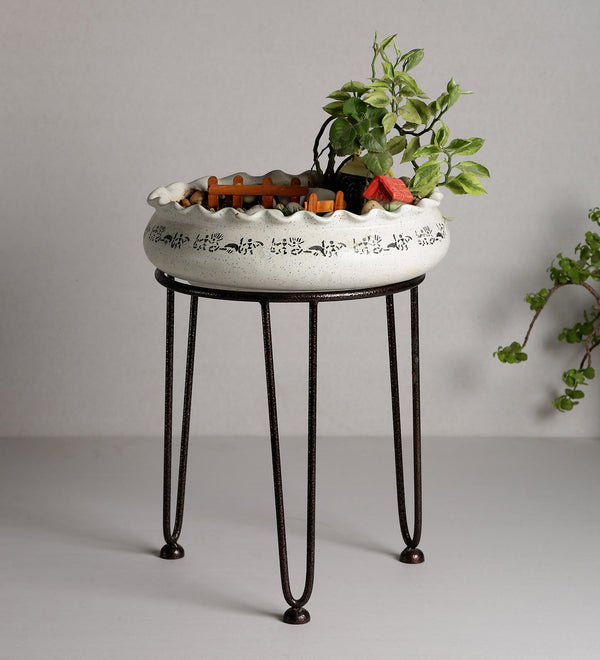 Antique Elegant Metal Planter Stand