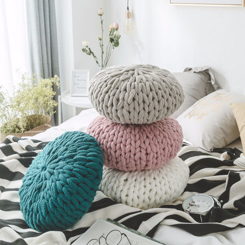 Handmade knitted colorful round woolen pillow for sed sofa
