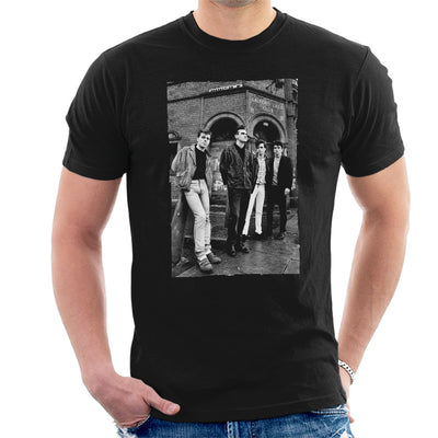 The Smiths In Manchester At Salford Lads Club 1985 Men's T-Shirt