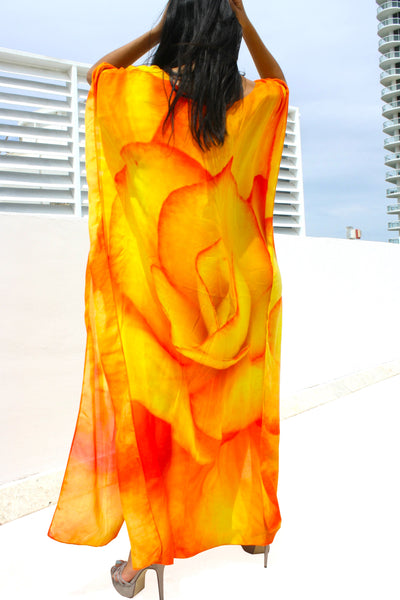 Kaftan in modal. Orange Roses