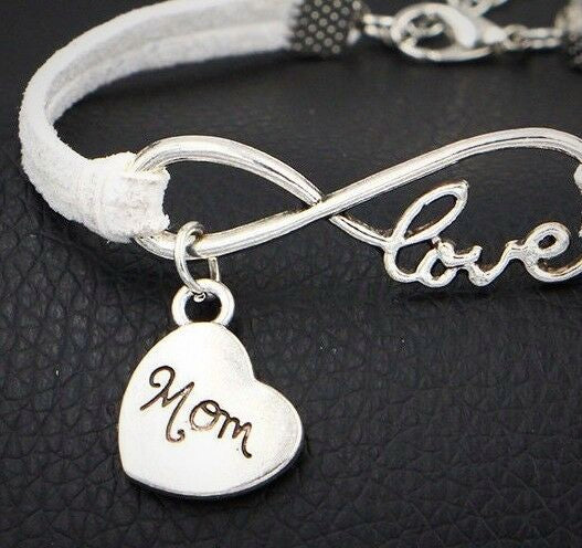 """Love Mom"" Infinity Charm Bracelet 