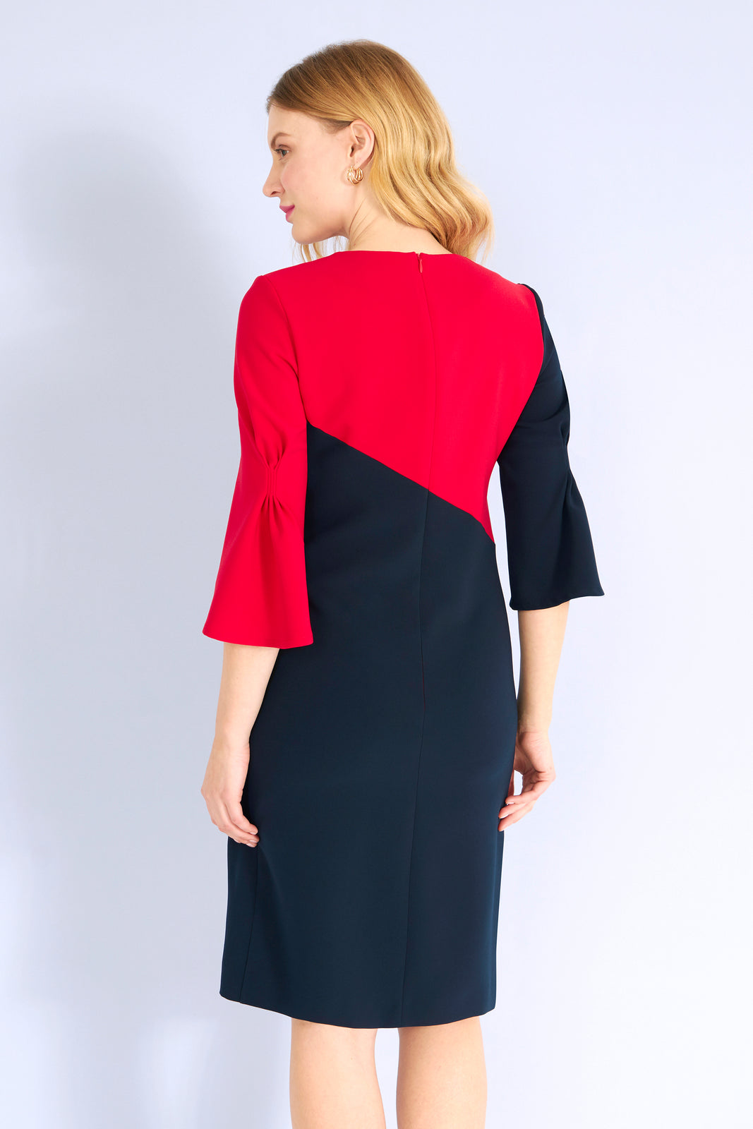 TESSA - Color Block Kleid mit Raffung am Ärmel