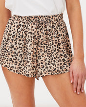 Feline Shorts | Charlie Holiday