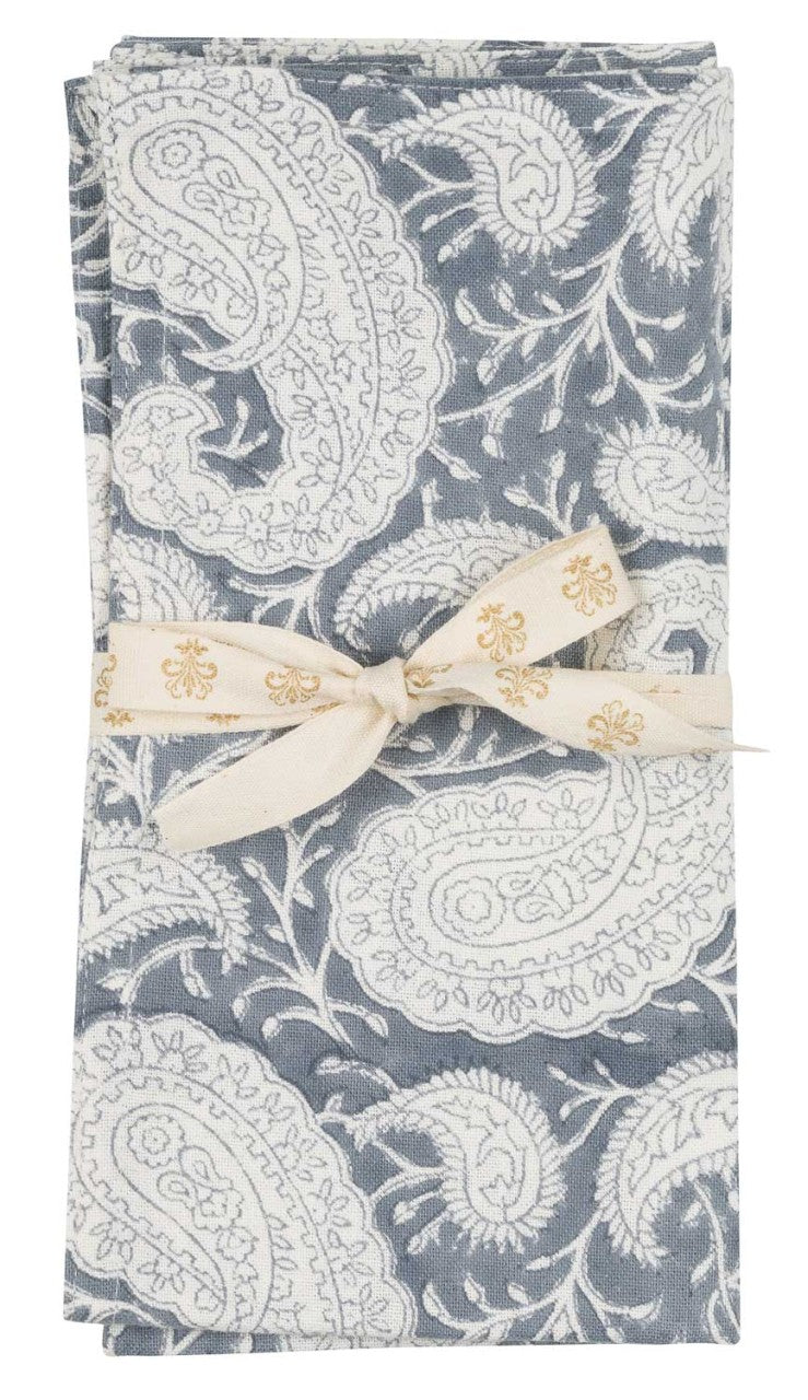 Napkins in the Big Paisley pattern in Sea Blue colour
