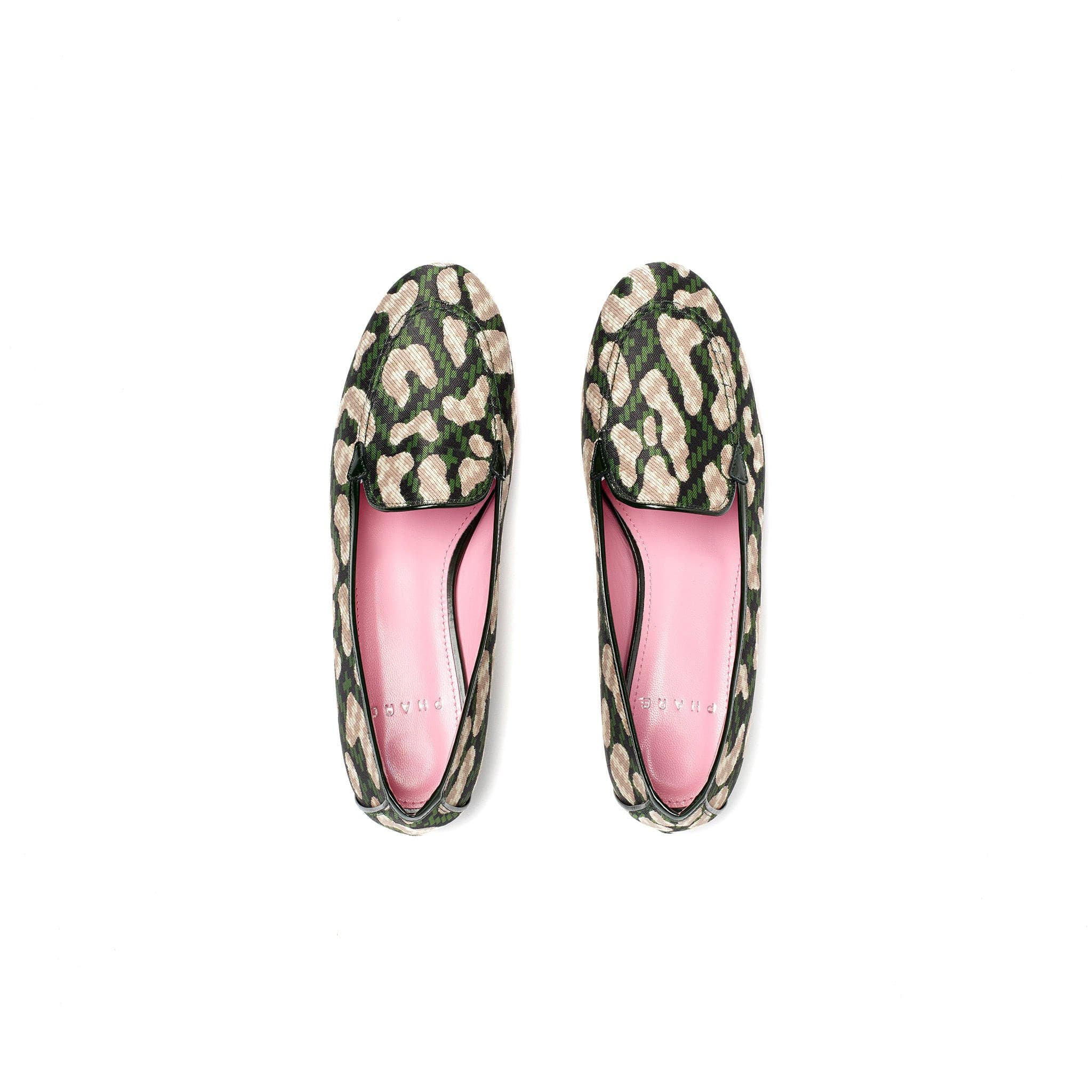 Phare classic loafer in dark green leopard jacquard top view