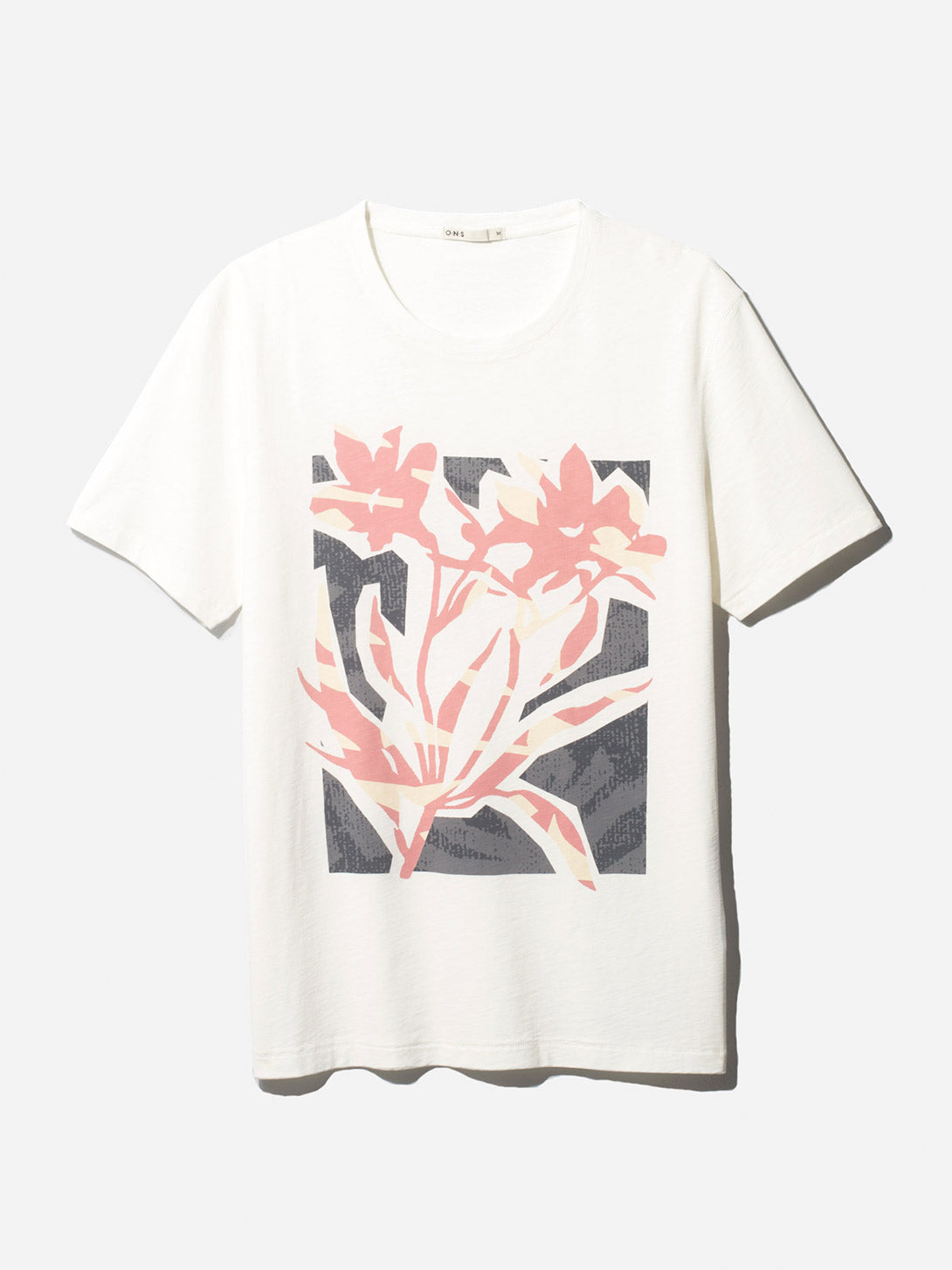 FLOWER VILLAGE CREW PINK ONS CLOTHING