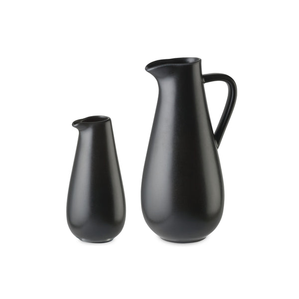 Riviera Sable Noir Pitcher with handle