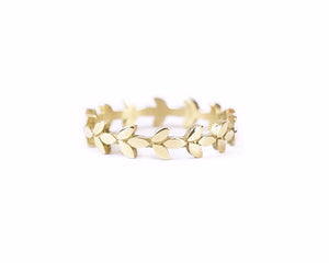 petite leaves solid gold band