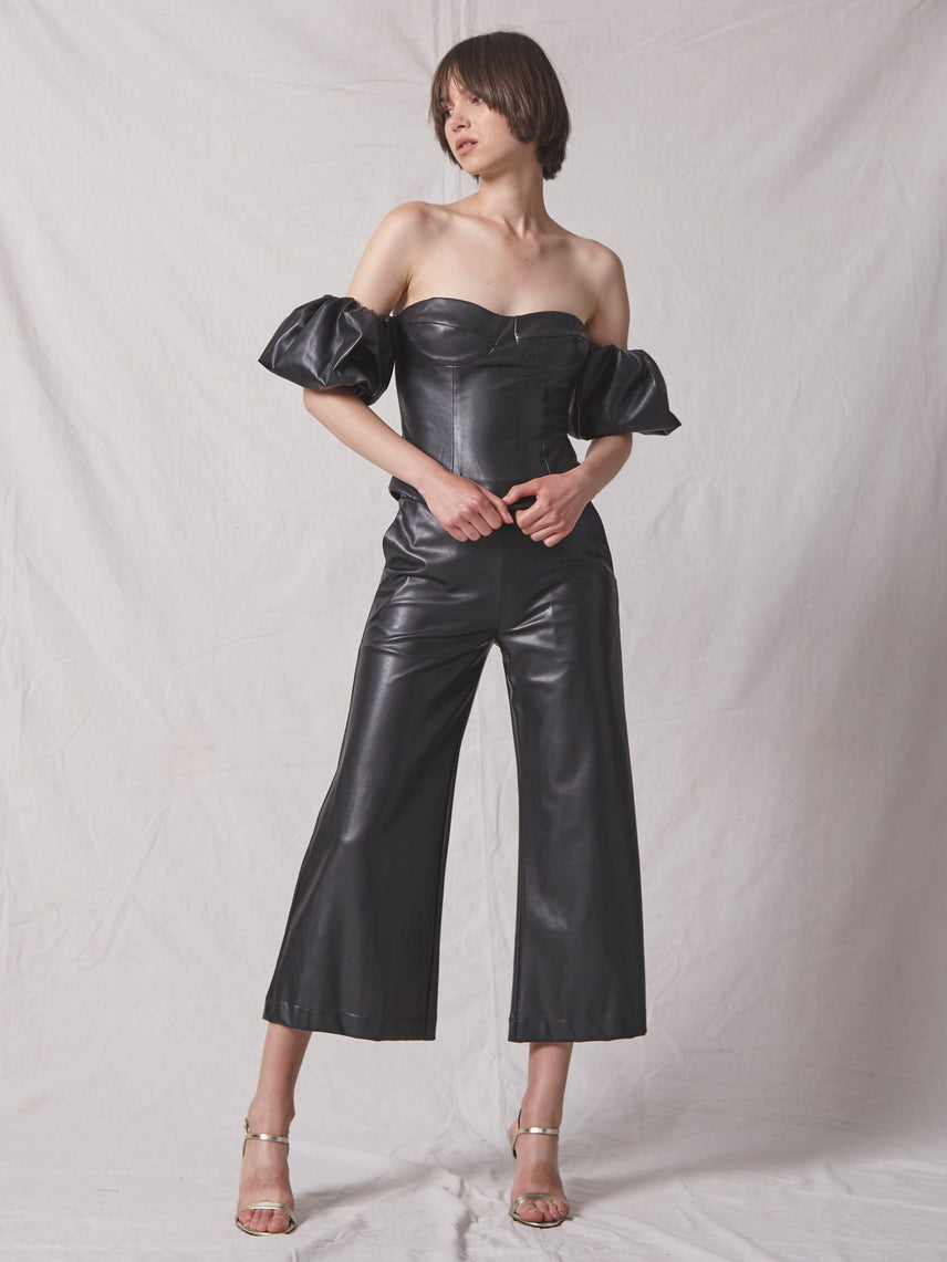 Off shoulder bustier top in vegan leather with puff sleeves Alternate