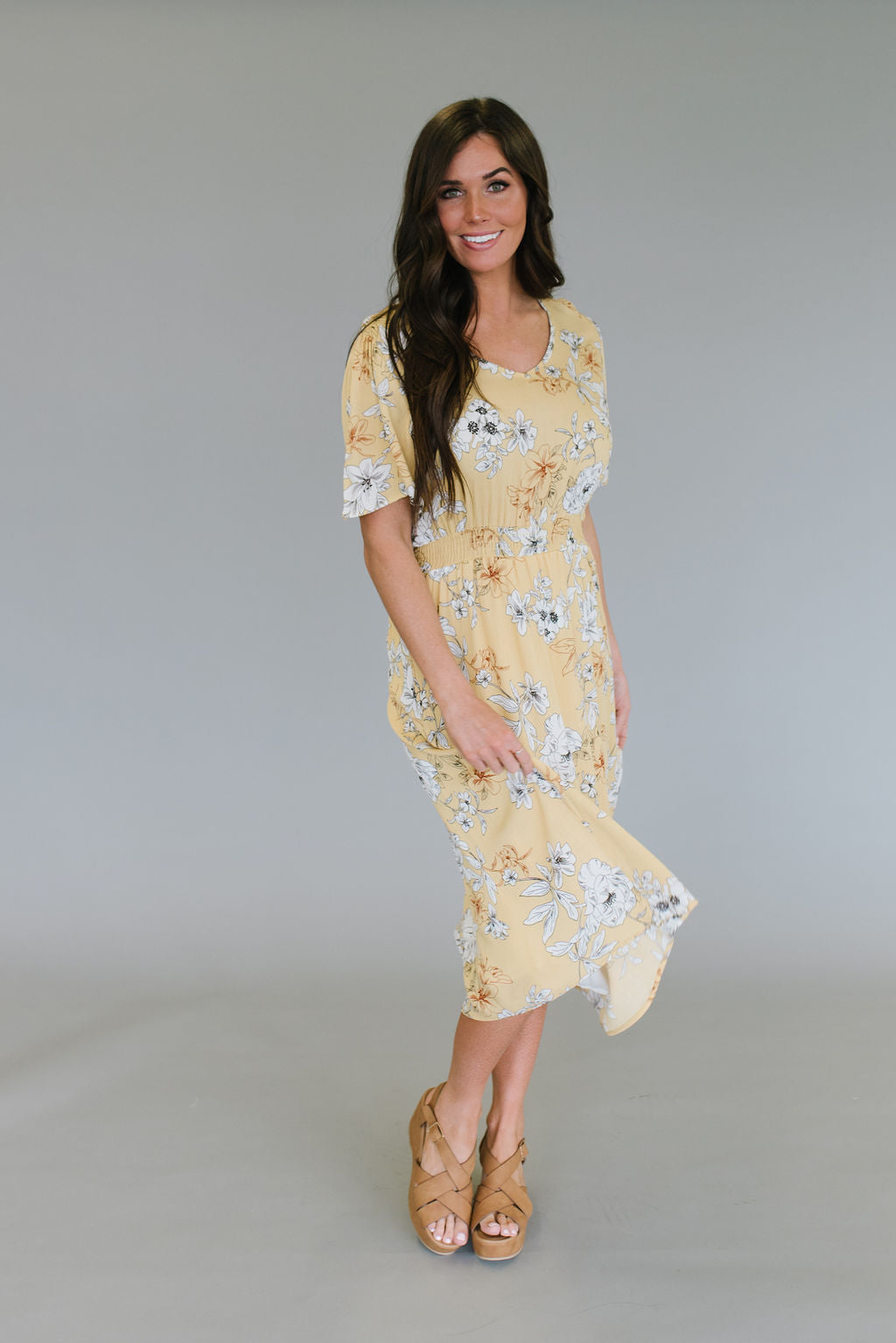 NORA MIDI DRESS IN YELLOW AND WHITE FLORAL