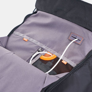 "BOND Large Backpack 15.6"" With Raincover RFID"