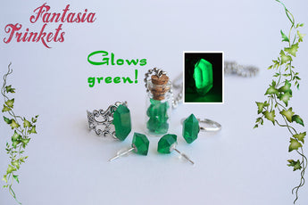 Kryptonite - Glow in the Dark Green Crystals Jewelry Set - Ring, Post Earrings and Glass Bottle Pendant Necklace - Superman inspired