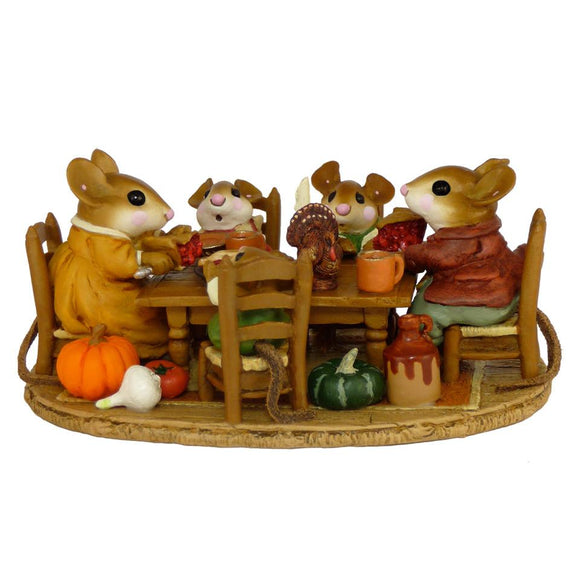 Mouse Family Thanksgiving