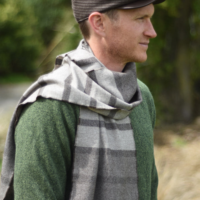 Woven Scarf – The Crossing