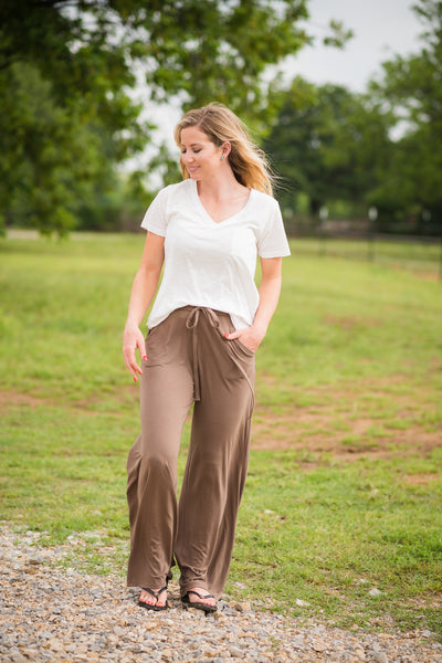 Headed to the Rodeo Lounge Pants | Mocha - Rolling Ranch Boutique