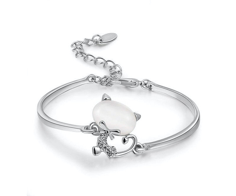 Platinum Plated Layla Bracelet with Simulated Diamond