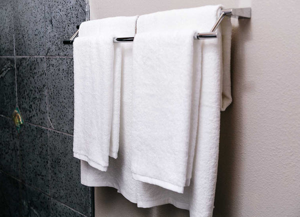 white towel set