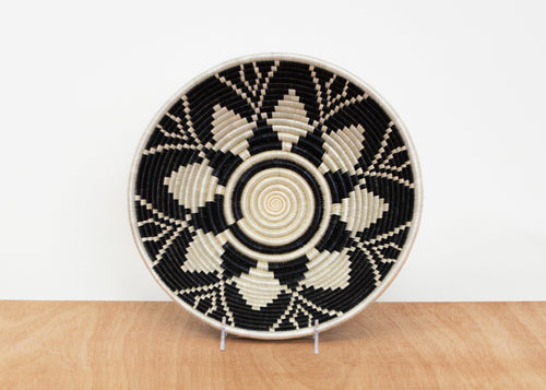Large Black + White Usiku Bowl