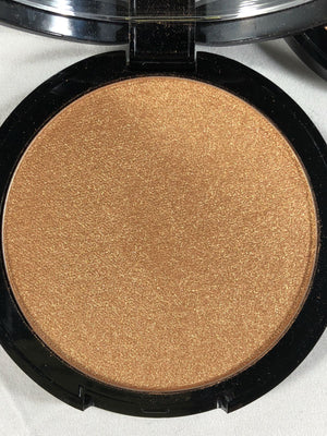 Powder Illuminator Luxury, Shade: 03 (Terracotta)
