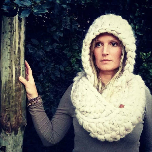 AUSTRALIAN MERINO CROCHETED HOOD WITH SCARF