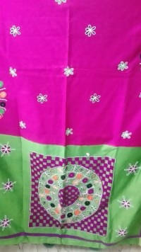 Festive Buzz Magenta & Green Cotton Handloom Sarees $ 1410