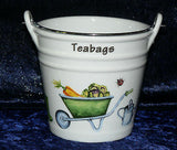 Garden Teabag tidy bucket shaped used teabag pot, perfect for a good quantity