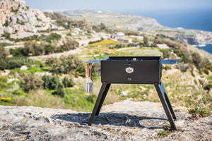 Gizzo Grill – Foldable & Portable Charcoal BBQ Grill