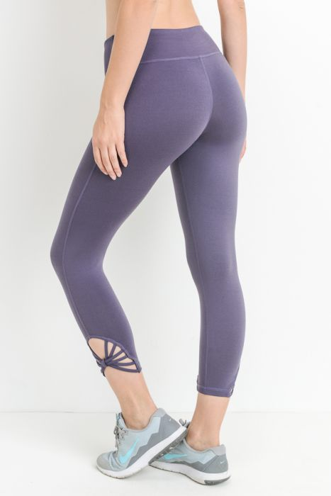 JP Signature Fan Capri Leggings - Violet