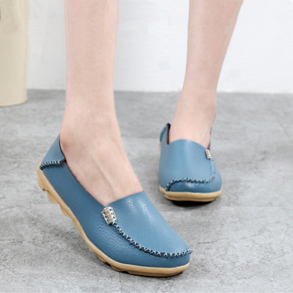 Hot Sale New Fashion Leisure Women Flats Wild Woman Casual Shoes Solid Moccasins Loafers Classic Flat Mother's Shoes SAT432 - EnsoStore